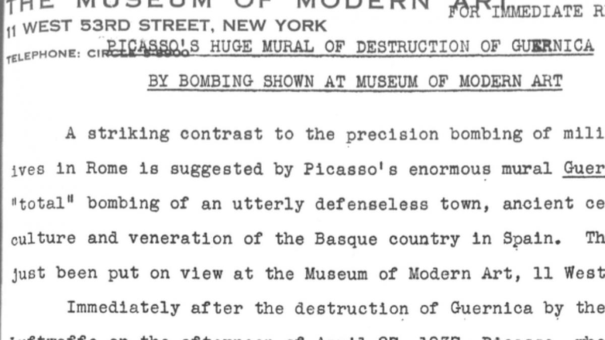 El gran mural de Picasso del bombardeo que destruyó Guernica expuesto en el Museum of Modern Art