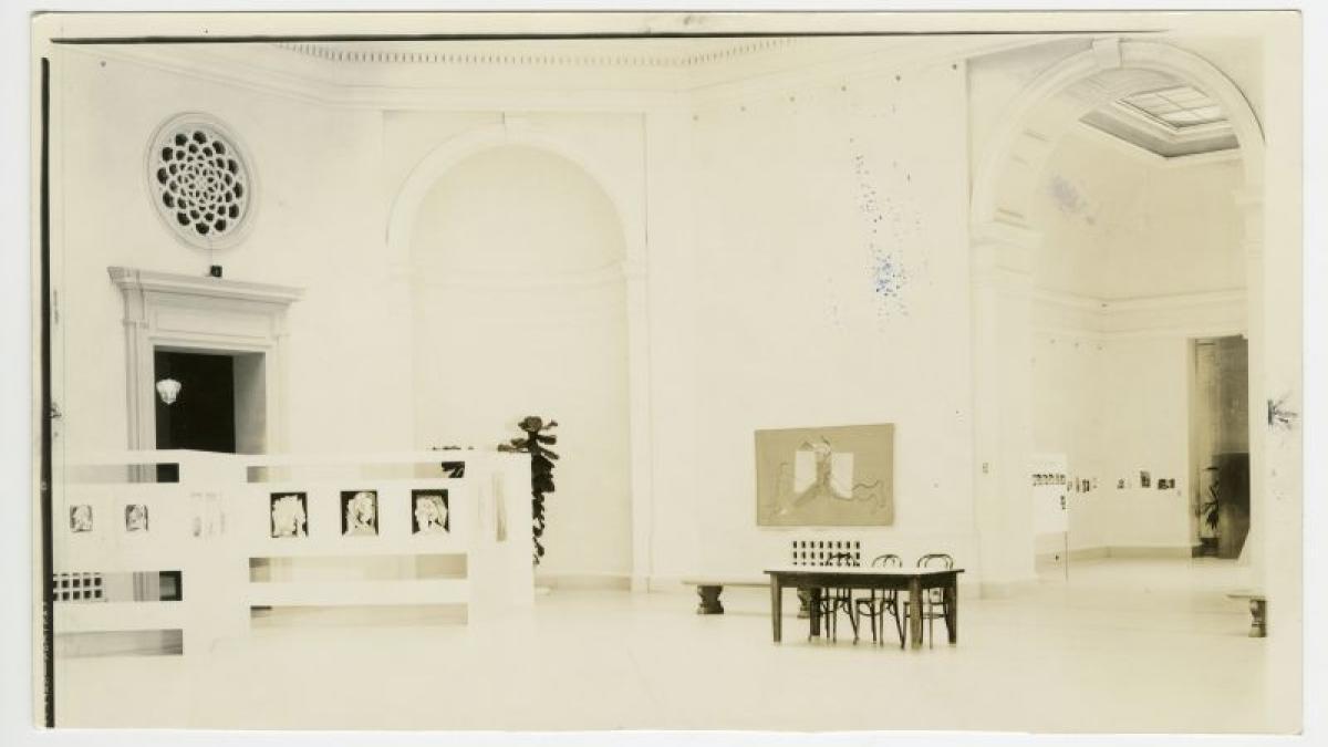 Vistas de instalación de la exposición Picasso's Guernica en el San Francisco Museum of Art