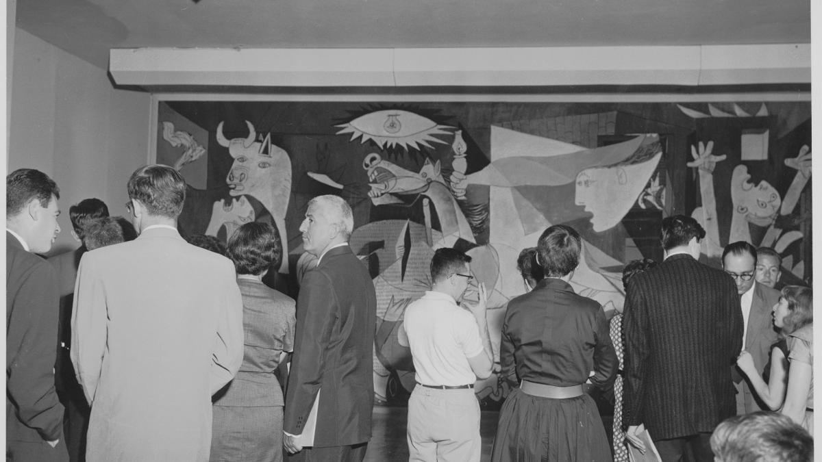 Vistas de la exposición Picasso: 75th Anniversary