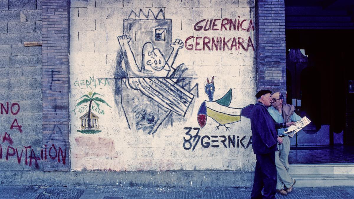 Mural en el pueblo de Gernika