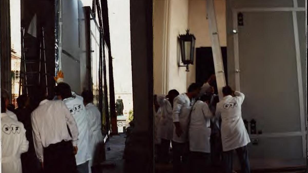 Guernica leaving the Casón del Buen Retiro