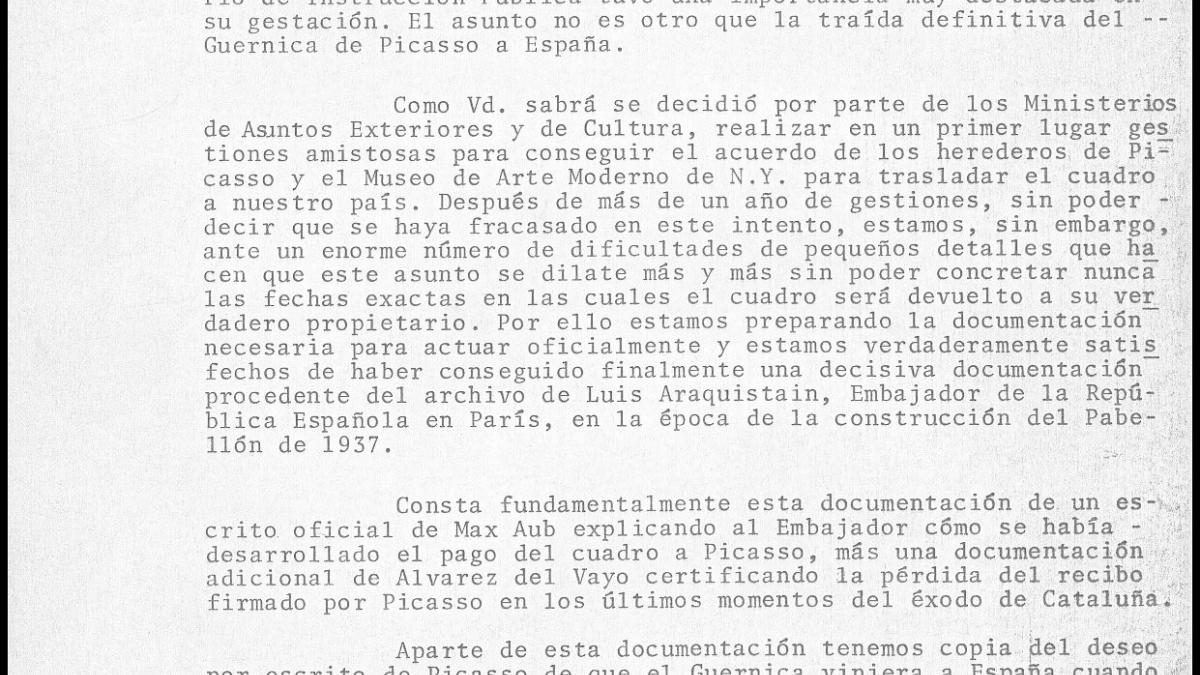 Javier Tusell's letter to  Wenceslao Roces, and the reply