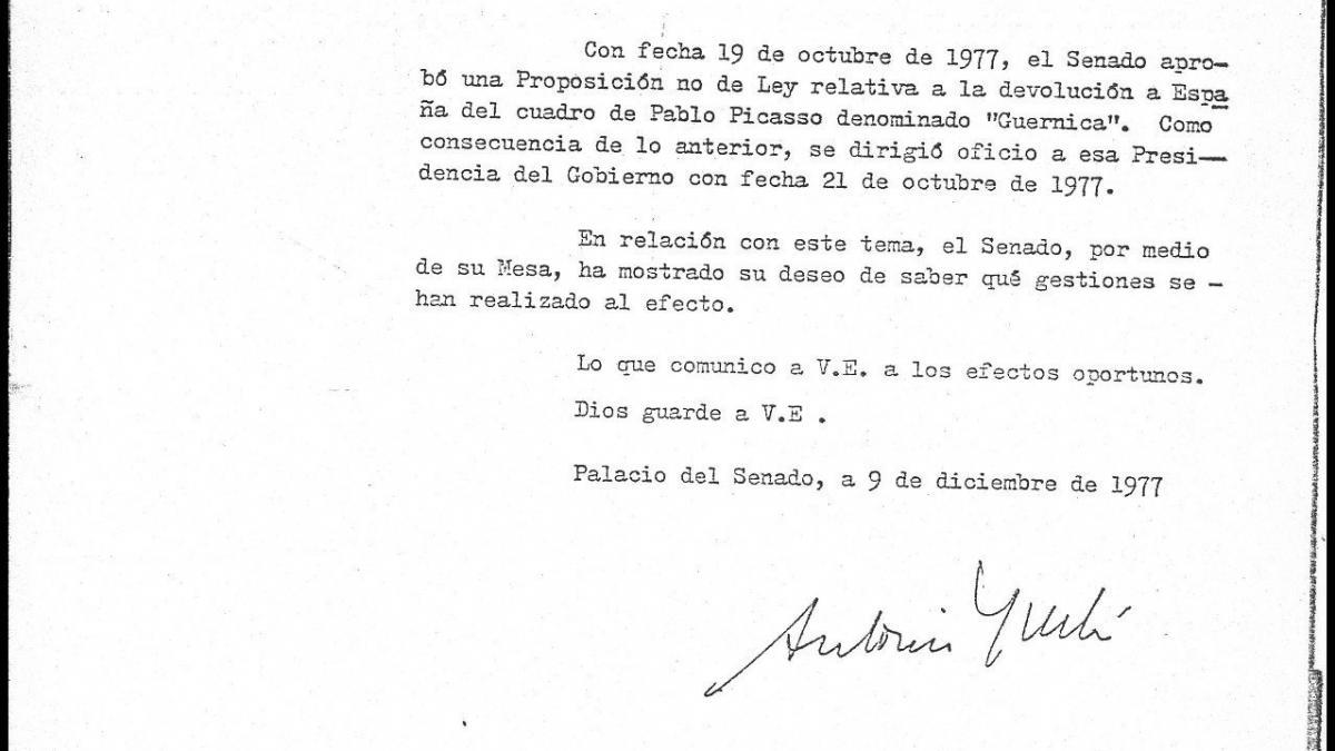 Carta de Antonio Fontán Pérez a Adolfo Suárez