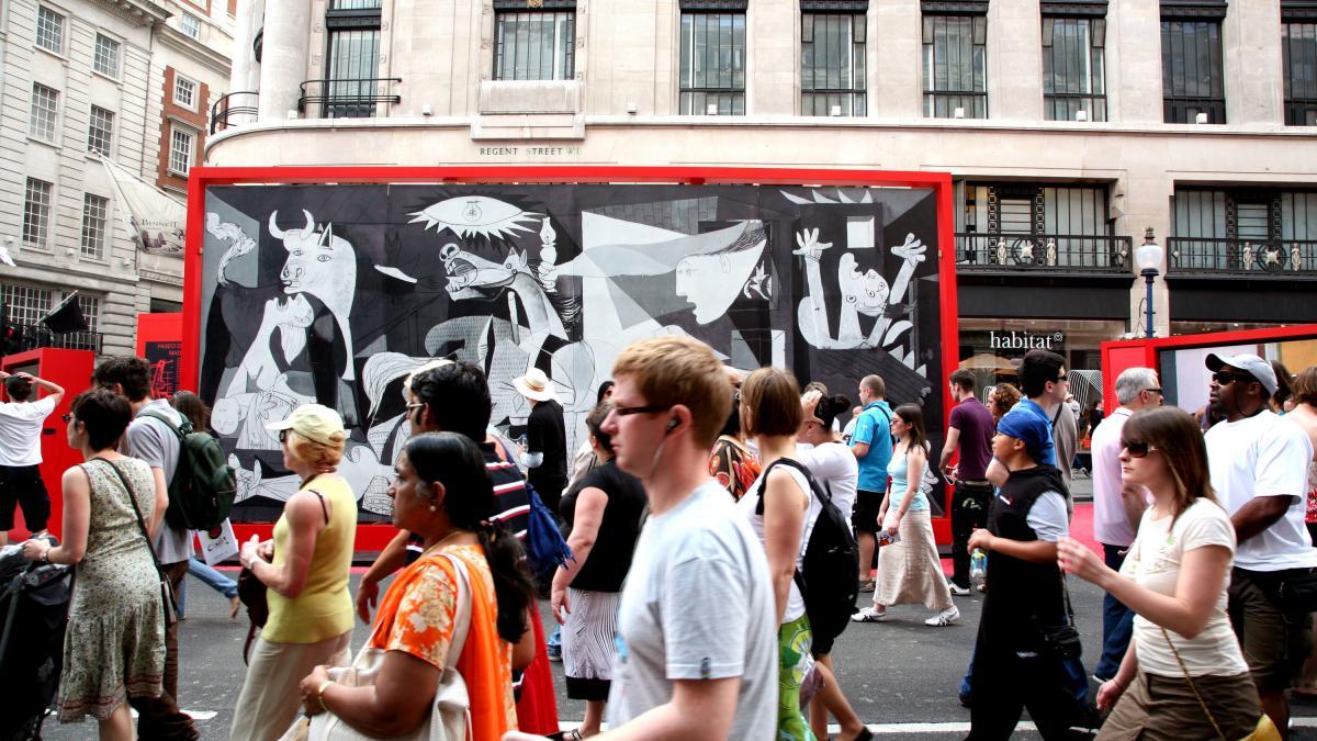 Spanish festival on Regent Street