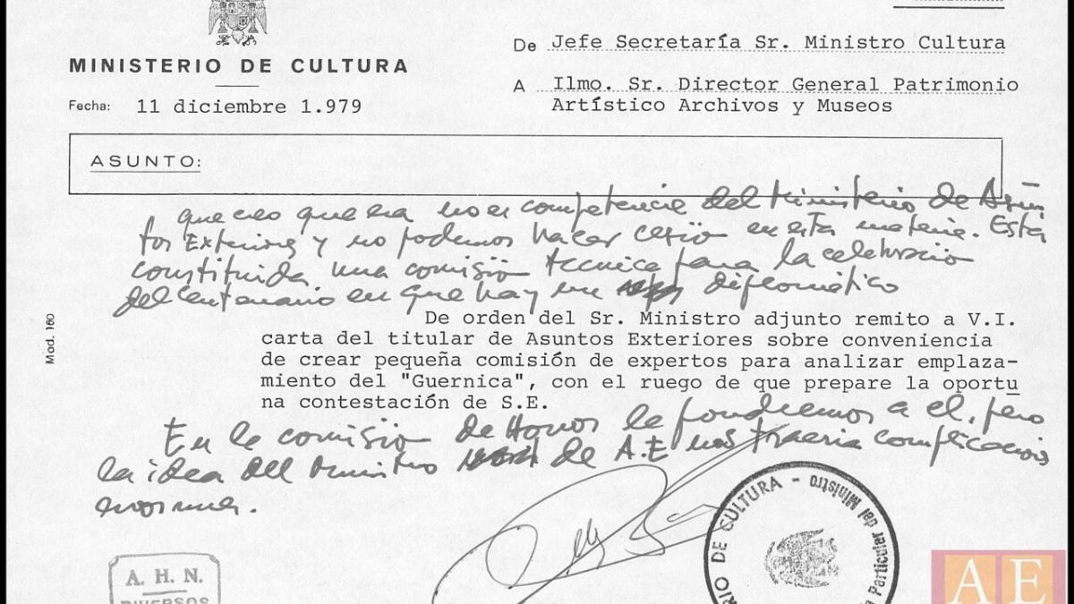 Carta de Marcelino Oreja a Manuel Clavero Arévalo