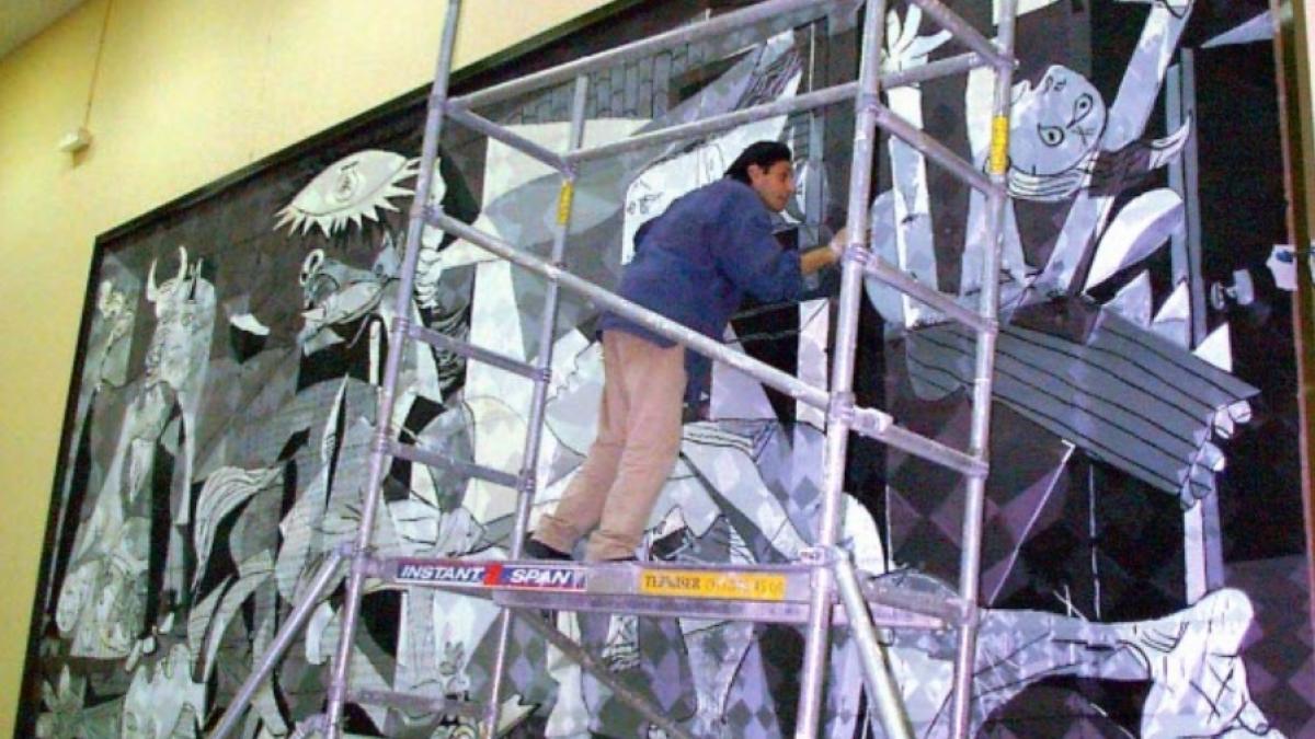 Mural en la cárcel de Navalcarnero